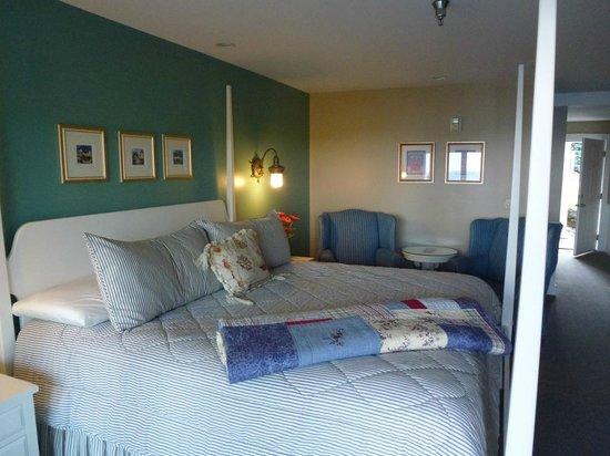 Island View Inn: Une belle et grande chambre