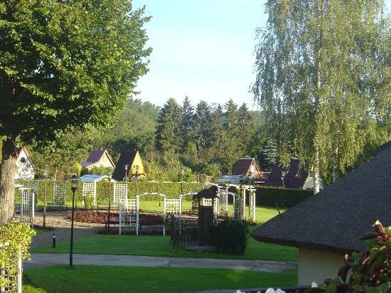 Dwor Oliwski Hotel: Garten