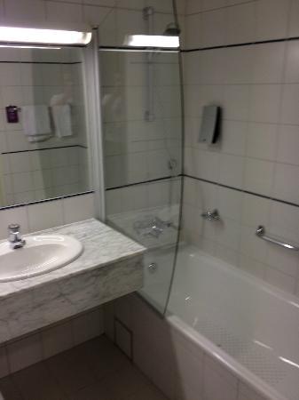 Clarion Collection Hotel Arcticus: Badrummet