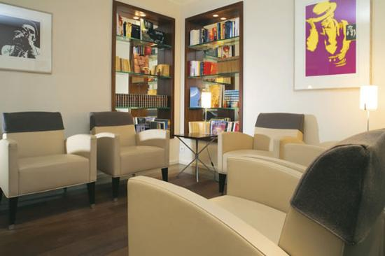 Select Hotel: Library
