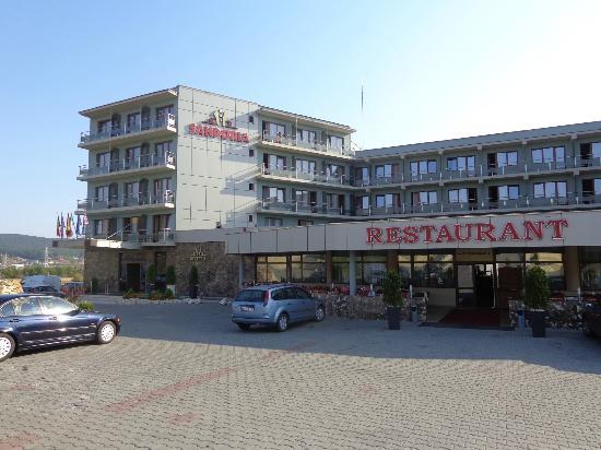 Hotel Sandoria : Hotel mit Parkplatz