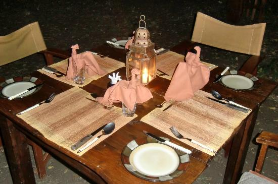 Mara Bush Camp: nice table setting