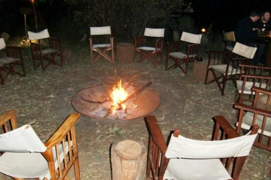 Mara Bush Camp: nice place to be at in the evening