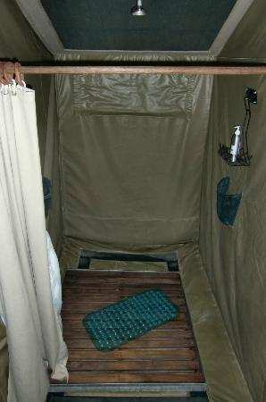 Mara Bush Camp: shower with WARM water !