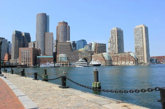 Boston Harbor Hotel: Hotel is in the center