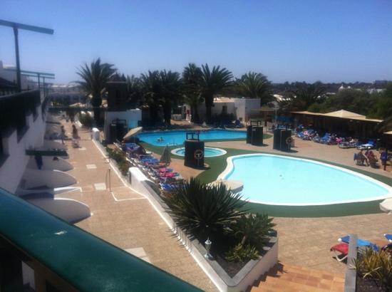 Club Tahiti: pools