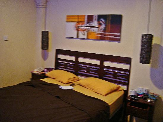 Bemo Corner Guest House: Superior Room