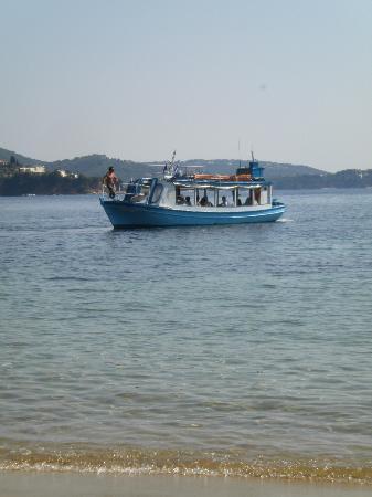 Kanapitsa Mare Hotel & Spa: water taxi
