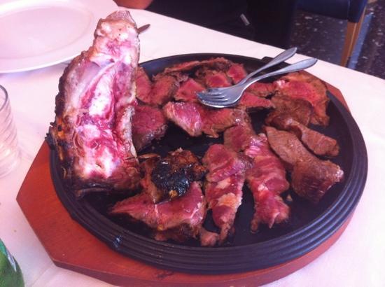 Greka' Restaurant: ottima e non solo da vedere....