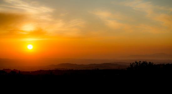 Hotel Borgo Di Cortefreda Relais: Sunset from balcony of Room #201