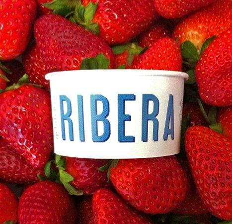 Gelateria Ribera: Fragole fresche!