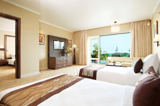 Sea Links Beach Hotel: Family Suite