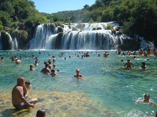 Lokva Rogoznica, Kroatien: Wodospady Krka.