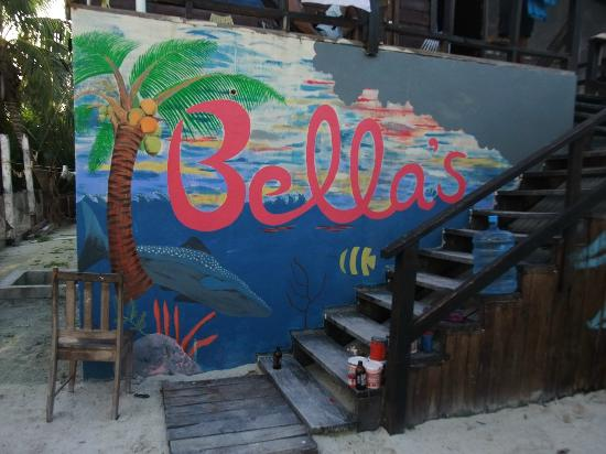 Bella's Backpackers: Wall paint of the hostel (Before completion)