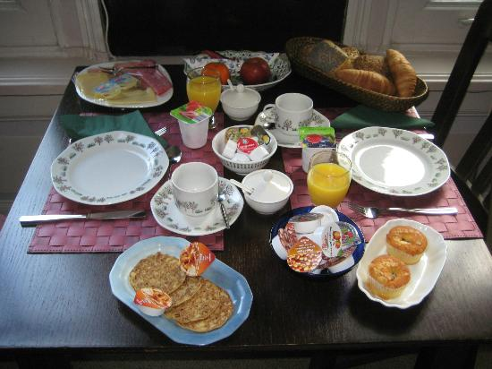 Parkzijde Bed & Breakfast: Breakfast served in your room