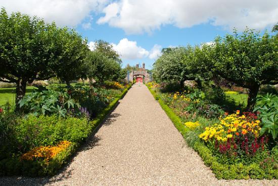 Sledmere House Gardens