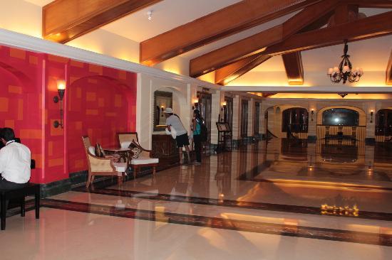 Taj Exotica Goa: Reception area