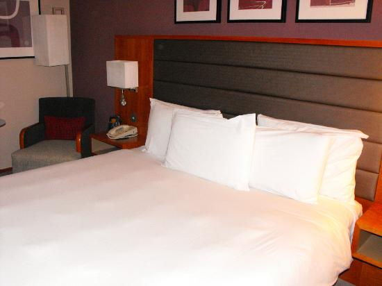 Hilton London Kensington: Double Bed