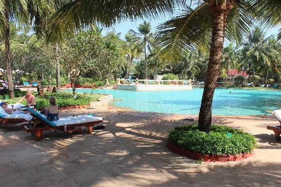 Taj Exotica Resort & Spa Goa: Stunning free form swimming pool