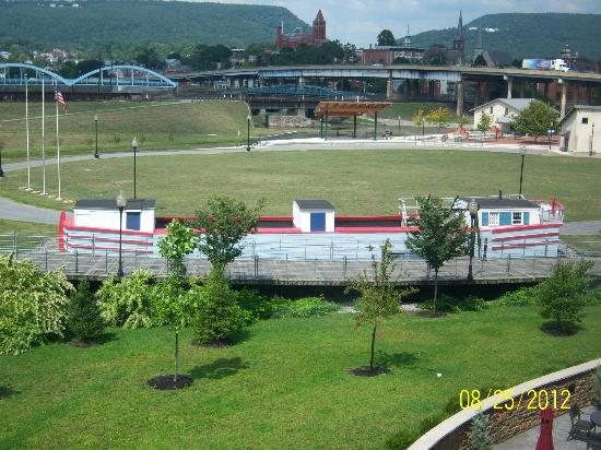 Fairfield Inn & Suites Cumberland : Keel Boat replica and view of train tracks