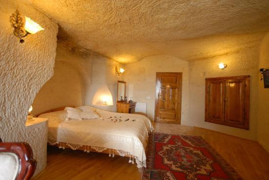 Arif Cave Hotel: Pigeon Cave Room.