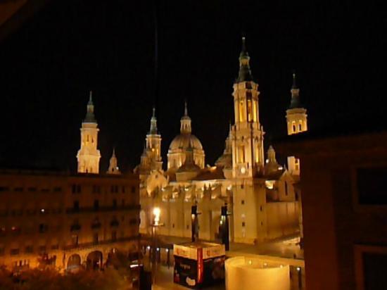 Apartamentos Sabinas Alfonso: Evening view of the Basilica from Apartment 5