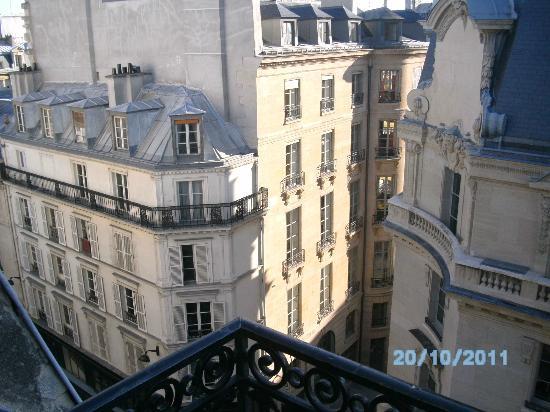 Timhotel Palais Royal Louvre: vista a la calle