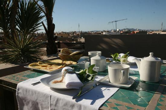 Riad Pourpre Medina: Terrasse