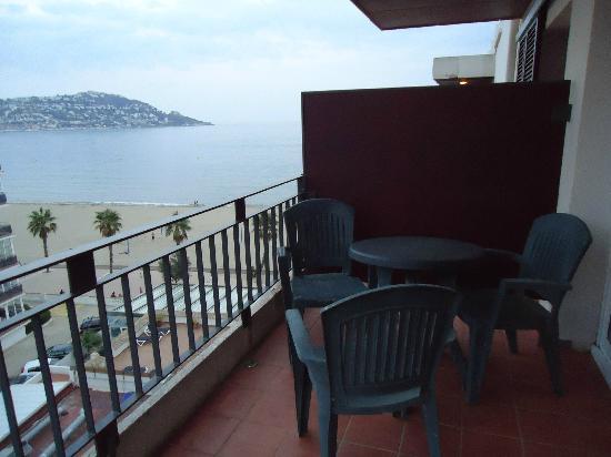 Hotel Montecarlo: planta 6º terraza y vista.