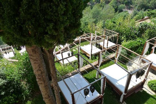 Hôtel Tiara Yaktsa Côte d'Azur : Day Beds
