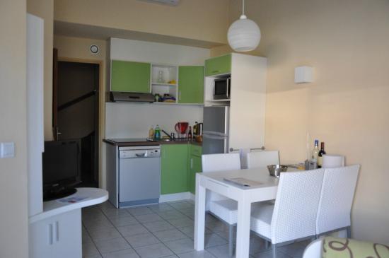 s jour cuisine photo de les jardins de neptune saint cyprien tripadvisor. Black Bedroom Furniture Sets. Home Design Ideas