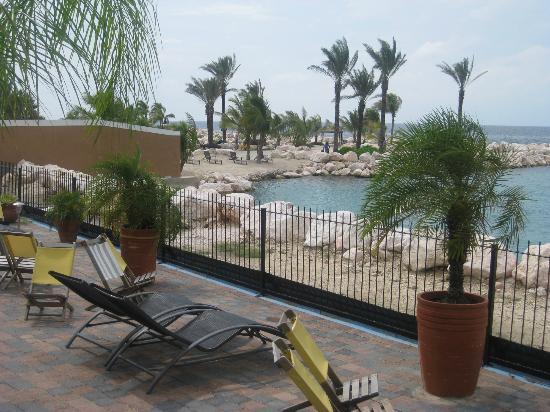 Atlantis Apartments: Terrace