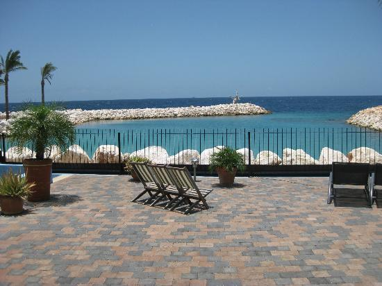Atlantis Apartments: terras view