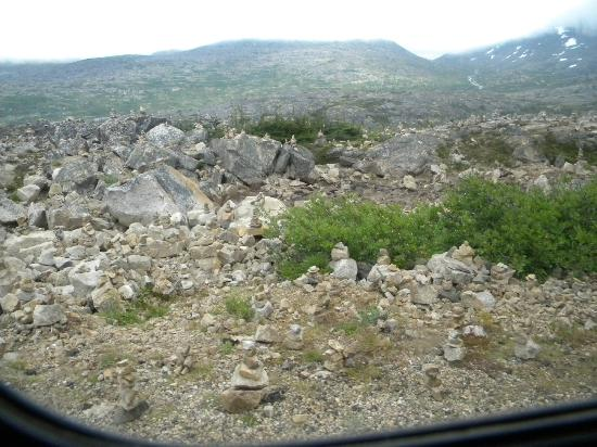Dyea Dave Tours: another view of stacked rocks