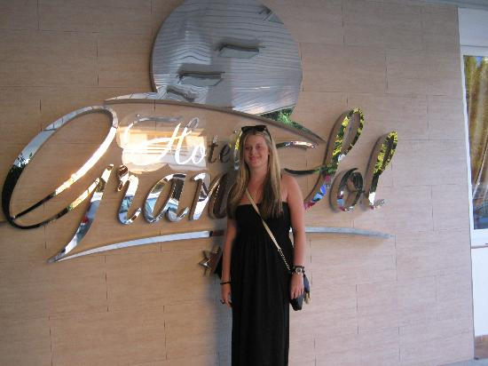 Hotel Gran Sol Ibiza: Going to Kasbah's.