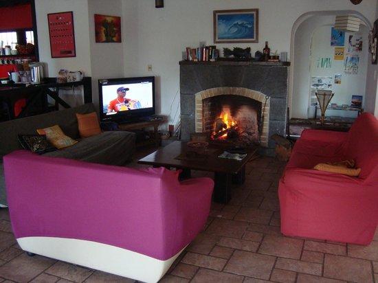 TAS D VIAJE Hostel - Surfcamp - Suites : living