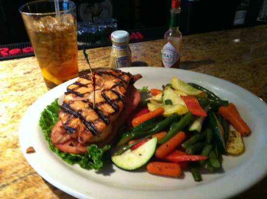 O'Malley's Pub Tysons Corner : Salmon BLT (no bun) with vegetables and iced tea
