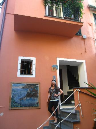 B&B SoleMare: This is the front of B&B. You walk up the stairs straight to your room, feels very private.