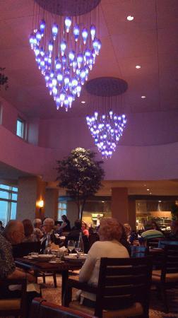 Fairmont Vancouver Airport: Globe Restaurant