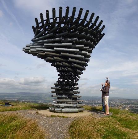 Μπάρνλεϊ, UK: Singing Ringing Tree