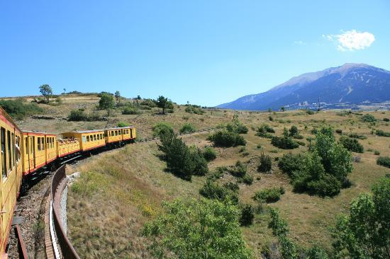 La Chataigneraie: take the narrow gauge train into the Pyrenees