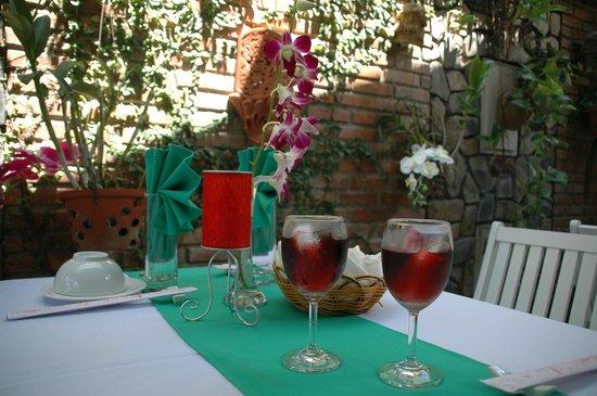 Hoi An Restaurant - Blue Gecko : Romantic Meal-BLUE GECKO RESTAURANT & BAR IN HOI AN - VIET NAM