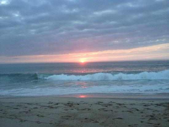 Nauset House Inn: Sunrise on Nauset Beach