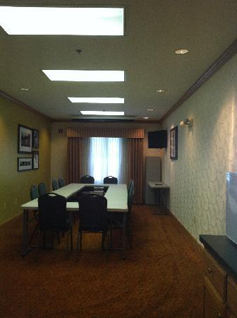 Country Inn & Suites By Carlson, Dalton: Meeting Room