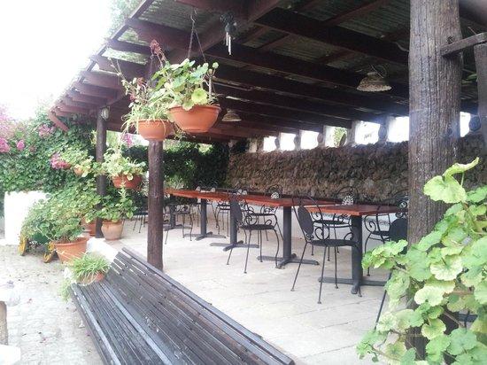 Matchani Gran: Comedor exterior