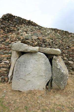 Cairn de Barnenez : Sealed entrance