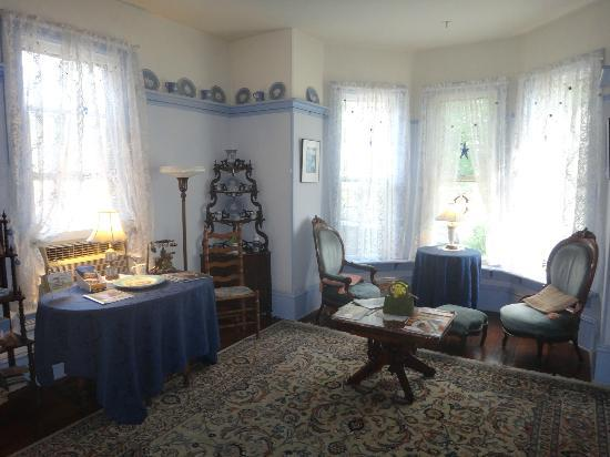 New Hope's 1870 Wedgwood Bed and Breakfast Inn: Sitting area in the Wedgewood Inn