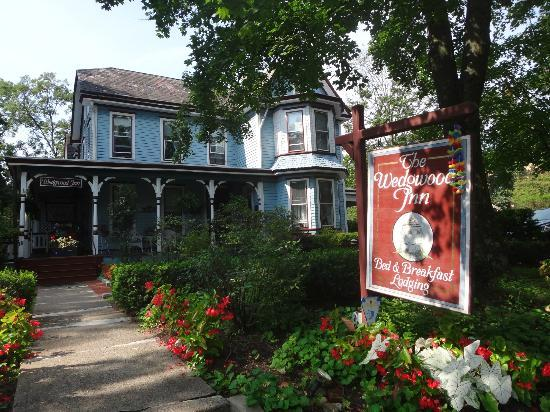 New Hope's 1870 Wedgwood Bed and Breakfast Inn: The Wedgwood Inn B&B! Gorgeous!