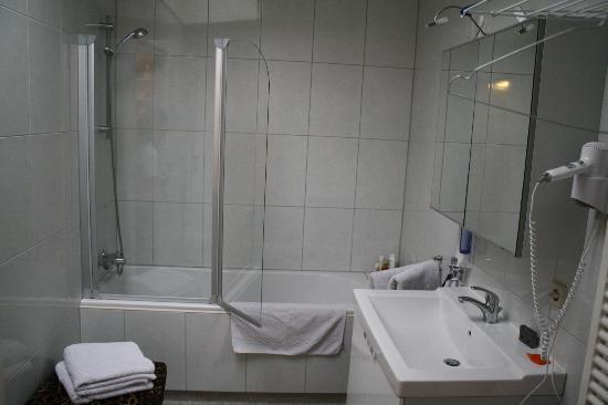 Bij-de-Amstel: Baño
