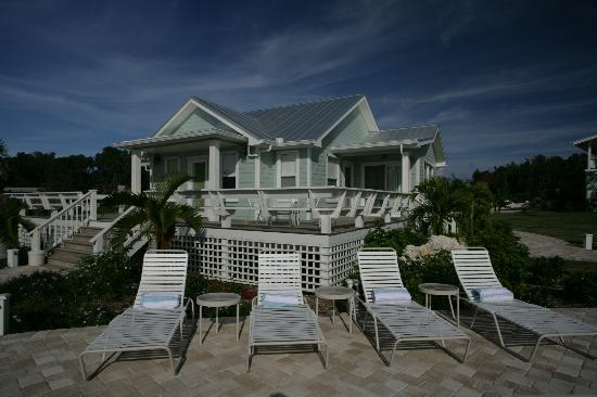 Elbow Cay: Relax in a chaise and drink in the sunset